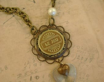 "The Player - Vintage French Canadian ""Le Jeu"" Gaming Arcade Token, Vintage Heart Recycled Repurposed Necklace"
