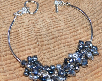 Pearl and Crystal Bar Bracelet, beaded bracelet, gift for her, mothers day gift, crystal bracelet, bar bracelet, wedding jewellery
