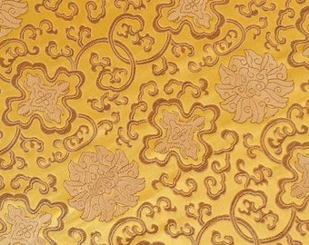 150 CM. Fabric with beautiful embroidery of A26 luxurious Brocade