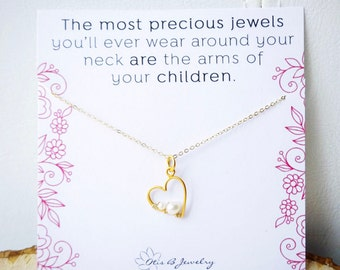 Mother's necklace, mother and child, Pea in the pod, pregnancy necklace, pearl necklace for mom, New mom, heart necklace, love, baby, family