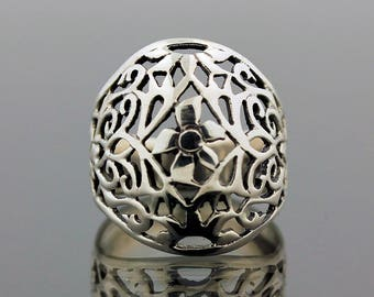 Unique Bali Style Silver Ring // 925 Sterling Silver // Ring Size 6.5 // Handmade Jewelry