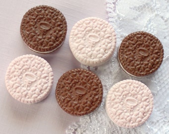 6 Pcs Cream Cookie Cabochons - 18x18mm