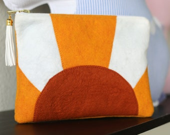 California Sunshine Pouch Zipped Clutch with Tassel for Her