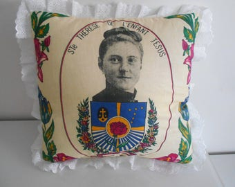 "40 cm x 40 cm ""Saint Thérèse"" pattern pillow cover"