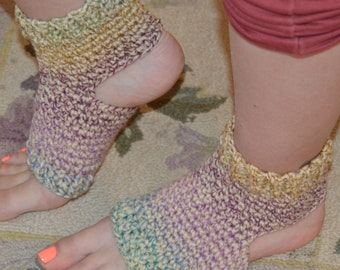 New!!!!  Pasha Crocheted Yoga/Pilates/Dance/Pedicure/Flip Flop Socks (THICK-AVERAGE SIZE)