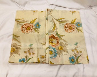 Lot of 2 Vintage Retro Pillowcases, Blue, Coral and Grey Floral Pillow Case Country Cottage. Great for Up-Cycle