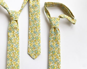 Boys Yellow Floral Pre-Tied Adjustable Necktie