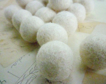 Felt Balls x 50 - White - 2cm