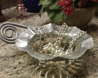 1950s Hammered Aluminum & Hobnail Glass Bowl - Dresser/Vanity Tray - Serving Bowl -  Nut Bowl - Condiment Bowl - Buffet Bowl