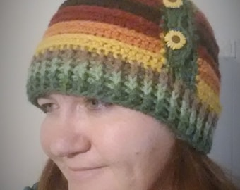 Crochet Pattern, Striped Beanie, Sunflower Beanie, Crochet Hat, Sunflower Hat, Sunflower Pattern, Fall Fashion, Gold, Green, Red, Ponytail