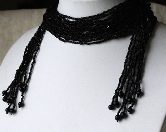 Vintage Black Seed Bead Lariat Necklace , 50 Inches, Glass Beads, Wrap Necklace, KC108
