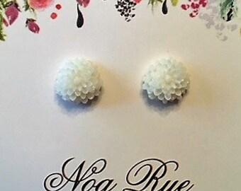 White Flower Resin 8mm Stud Earrings