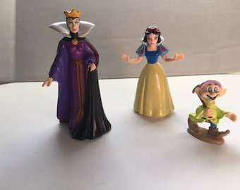 Snow White, Prince, Evil Queen and Dopey PVC Plastic Figures, Cake Toppers, Walt Disney, Seven Dwarfs, Lot of 4