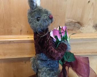 Rosebud: a handmade jointed bunny from Jazzbears