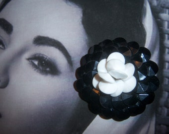 Three Dimensional Black and White Flower Brooch