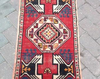 Turkish Handmade Vintage Rug//''1'5X3'1''Feet//47X93Cm//Very Good Home or Office Decorative Rug//Door Mat//Area Rug//Vintage Rug//Floor Rugs