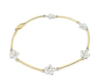 14K Yellow Gold Bracelet with White Gold Blossoms