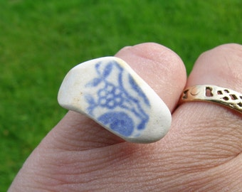 Unique hand crafted Victorian blue and white floral Cornish sea washed china fragment adjustable gold tone ring
