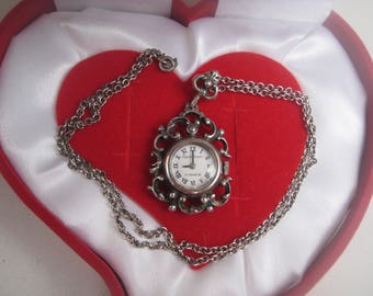 Solid silver, Silver ladies watch vintage, good running, winding