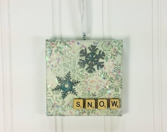 Sparkling Snow Miniature Art Ornament, Winter Snowflake Glittery Snow Wall Hanging