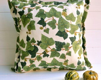 Ivy print decorative pillow