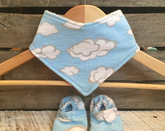 Summer Clouds bandana bib/shoes