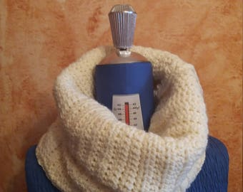 Wool collar  crocheted