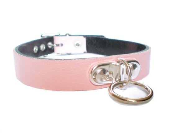 Bondage collar with 4 o rings