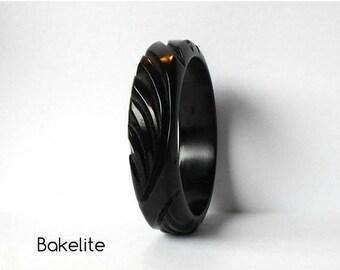Vintage Bakelite Bangle Bracelet Black Carved Deeply carved