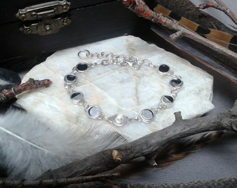 Lunar / moon cycle  bracelet with moonstone - Sterling silver