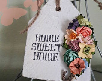 NEW Wooden Hang Tag, Home Sweet Home - Beautiful Handmade Paper Flowers
