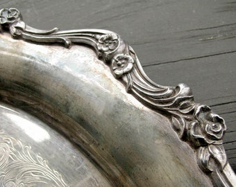 Round Vintage Silver Plate Tray | Ornate Edge American Rose | Silverplate | Vanity Tray | Tarnished Patina | Wilcox International Silver