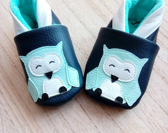 Faux leather OWL baby booties, slippers soft Navy blue baby, birth, baby shower gift, babyshower gift, shower gift
