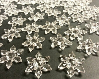 CraftbuddyUS 30 x25mm CLEAR Sew On Acrylic Crystal Snowflakes Sewing Wedding Table Decoration