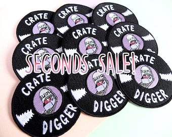 Patch Second, Crate Digger Patch, Hey Hey Ginger vs The Fidorium collaboration, Sew-on Patch, Record Collector, Seconds, Pun, Black, Gothic