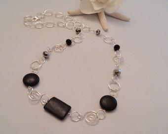 Long Link Necklace, Black Stone Necklace, Long Chain Necklace, Spiral Link Necklace, Black Spiral Necklace, Black Crystal Necklace