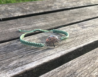 Tree of Life Charm Bracelet - Spring Leaf