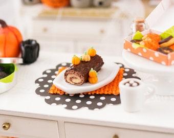 Miniature Pumpkin Swiss Roll Cake - 1:12 Dollhouse Miniature