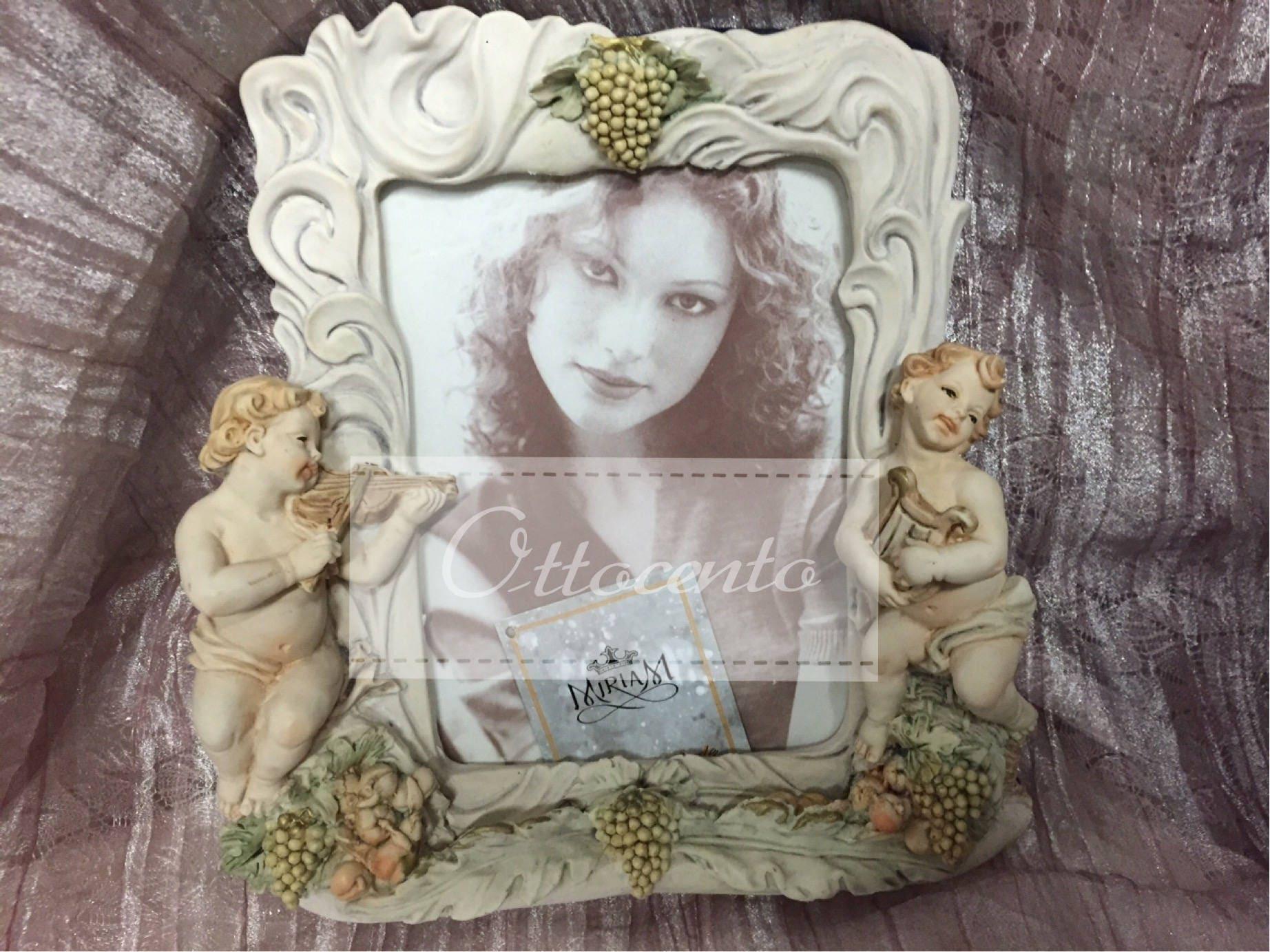 Italian Capodimonte picture frame Collectible