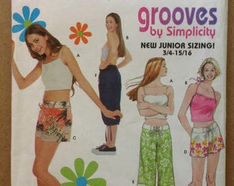 Simplicity 9060 - Grooves Juniors Cropped Camisole and Board or Mini Length Shorts - Size 3 4 5 6 7 8 9 10