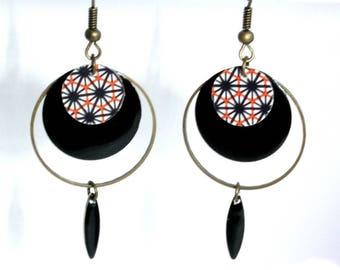 Black, red and white geometric pattern rings earrings
