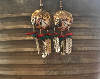 Vintage navajo made concho earrings with turquoise and red coral// Native American jewelry // vintage turquoise earrings // concho earrings