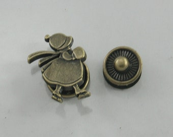 4 sets Antique Brass Ice Skate Girl Snaps Buttons Fasteners Rivets Studs Decorations Findings 16 mm. FTN BR 16 RV 84