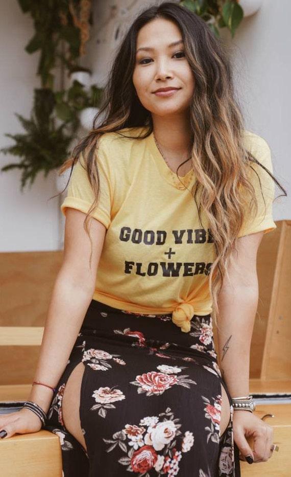 GOOD VIBES + FLOWERS, Good Vibes Tshirt, Good Vibes Tee, Flower Tshirt, Flower Tee, Floral Tshirt