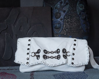 Chain Link Clutch