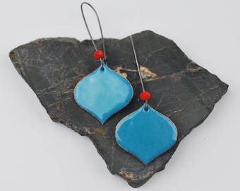 Onion Enameled Earring in Denim Blue with red accent on blackened silver long kidney hooks