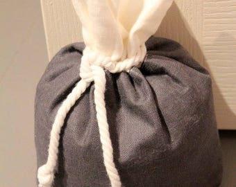 Door holder, how chic bag