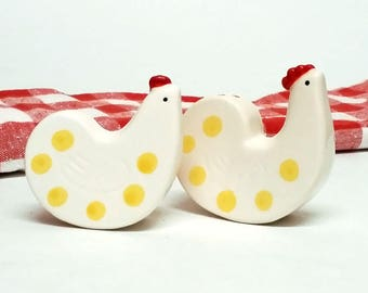 Chicken Hen Rooster Salt and Pepper Shakers Polka Dots