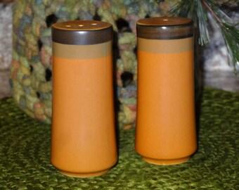 Arrowstone Cherokee Salt and Pepper / Stoneware Salt and Pepper / Cherokee / Kasuga / Arrowstone
