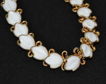 Vintage 1950s Necklace in Gold Tone Metal with Milk Glass Leaf Petals and Beaded Chain